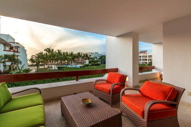 Casa de Sonrisas (6200)—Great Ocean Views, Vibrant Decor, Beac, vacation rental in Cozumel
