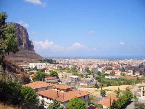 Appartamento Di Dia, holiday rental in Montelepre