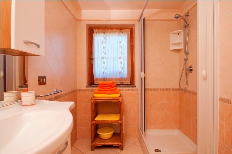 Ibisco bathroom