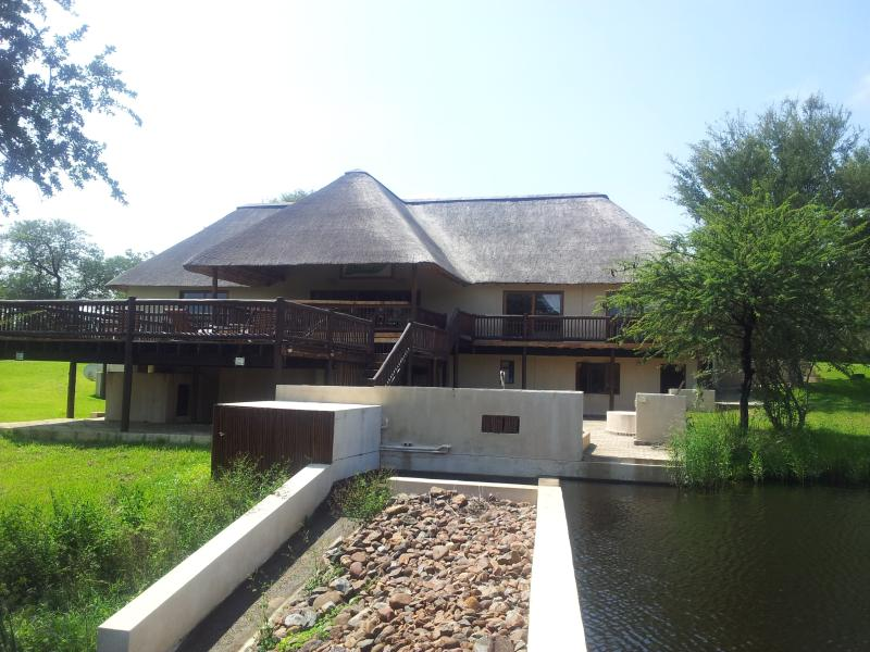 House In Blyde Wildlife Estate 130, vacation rental in Makalali Private Game Reserve