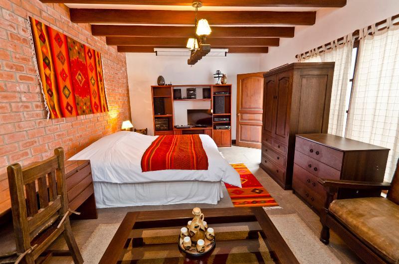 Cheap apartment Greate Location!!, location de vacances à Chaclacayo