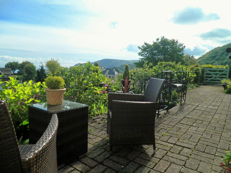Lyn Holiday Apartments Front Terrace and far reaching views