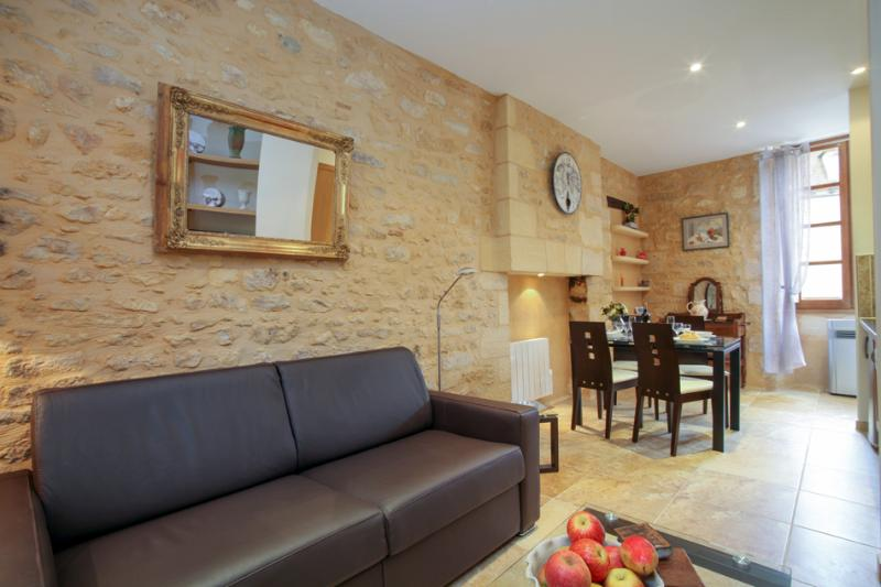 LES TROIS FONTAINES, holiday rental in Madranges