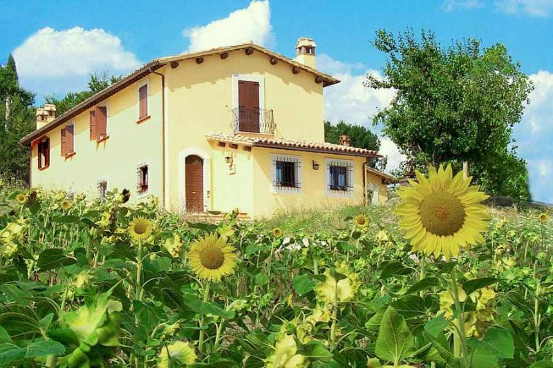 POGGIO DEL SOLE, vacation rental in San Gemini