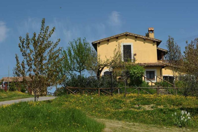 POGGIO DEL SOLE, holiday rental in Montecastrilli