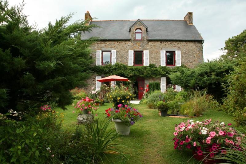 Chambres d'Hôtes de La Barrerie, holiday rental in Hede