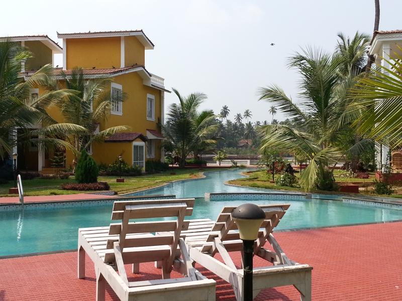 Kaamya Riverside Villa , Siolim, aluguéis de temporada em Assagao