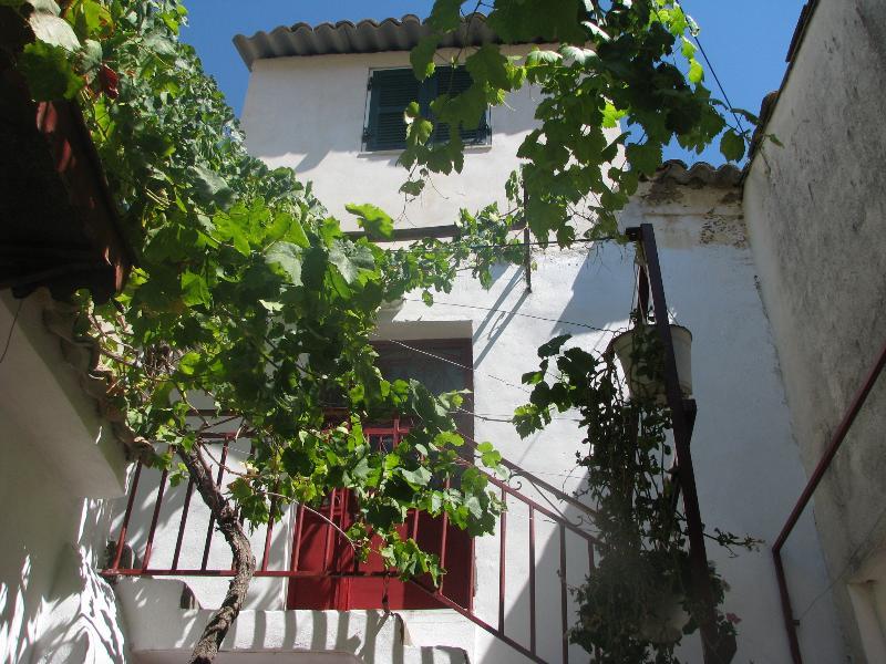 Corfù Sea Sun Walks Relax Ap3 + Wi-Fi, holiday rental in Agios Gordios