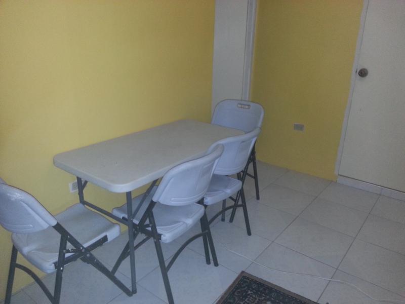 Villa 2, Dining Area