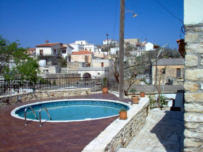 HOLIDAYS IN CRETE CHANIA VAFES, vacation rental in Filippos