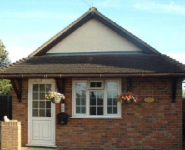 Holiday accommodation in  Essex village 40 minutes tube ride from London, casa vacanza a Broxbourne