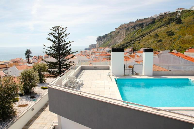 Portugal, Nazaré, sun, beach, sea, sighs, monument, holiday rental in Valado dos Frades