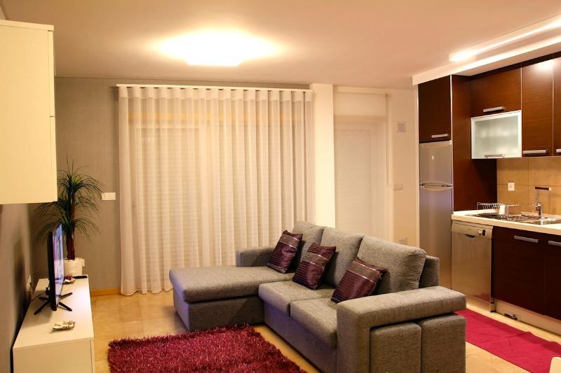 NAZ House4Rent - Living Room