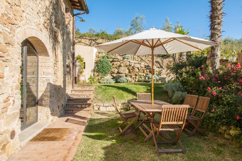 il Paluffo Forno House Luxury apartment, vacation rental in Certaldo