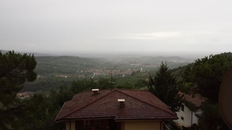 veduta dal terrazzo dell'appartamento