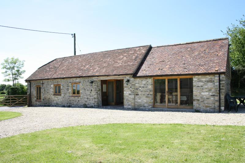 STABLE COTTAGE, vacation rental in Wincanton