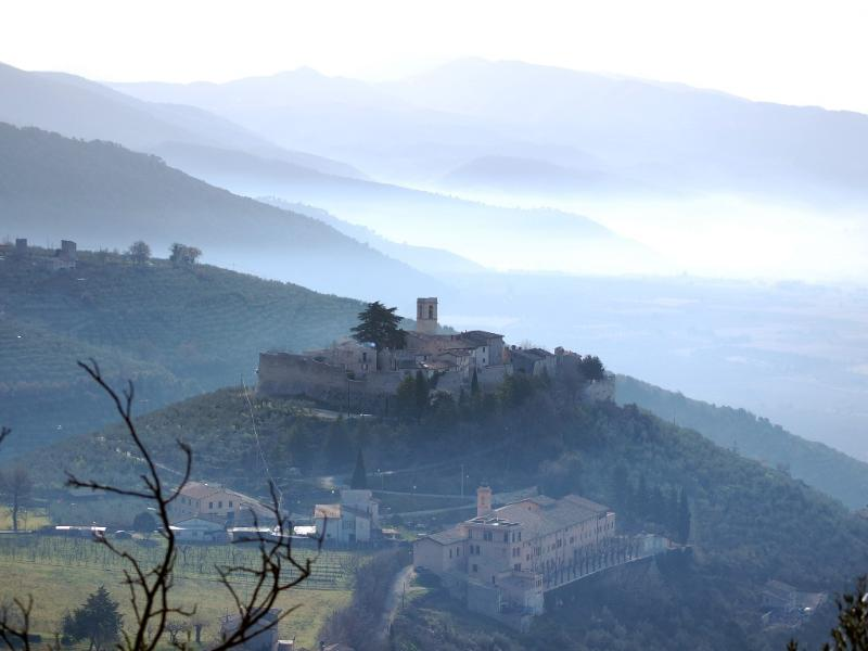 The castle of Campello Alto towers above the valley between Spoleto and Perugia