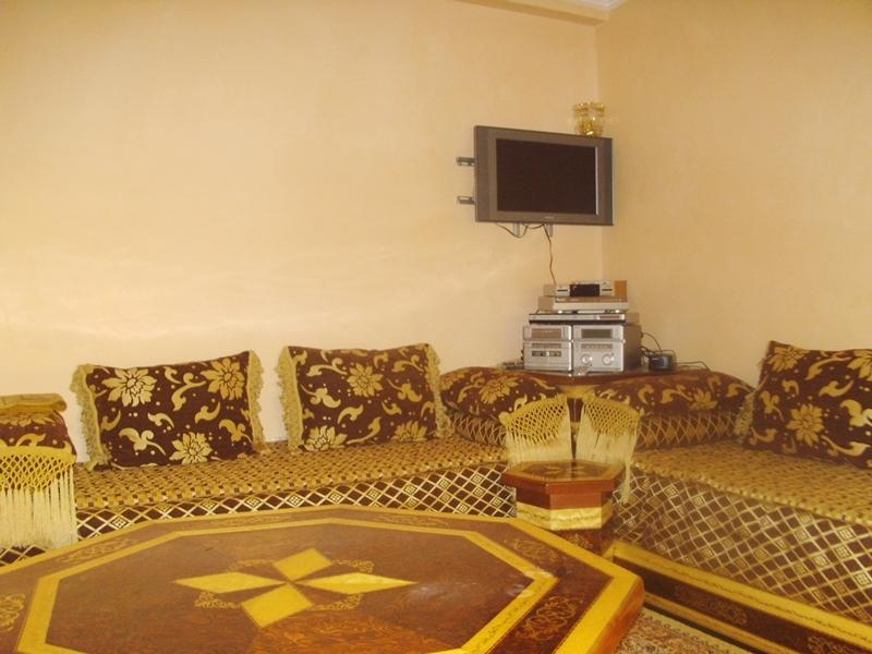 Air Conditioned Lounge with fast  WI FI
