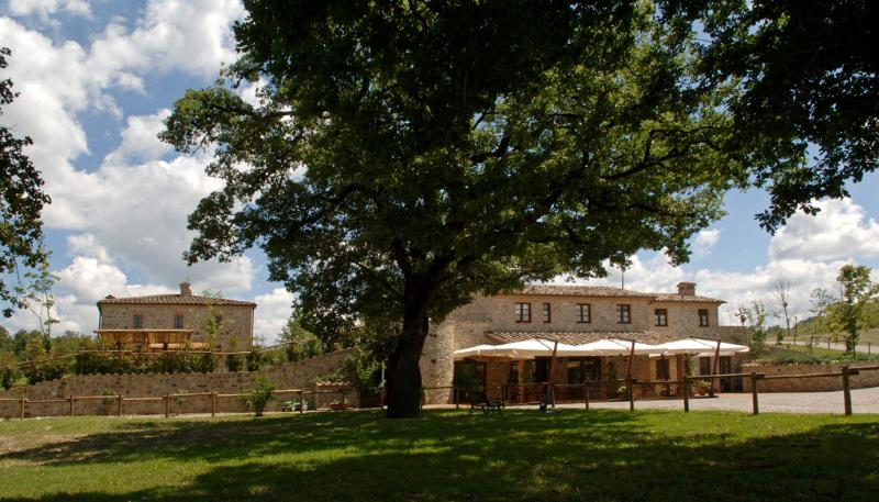 Il Felcino Country houses, holiday rental in Fighine