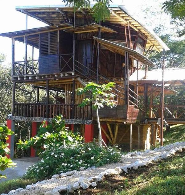 Casa Bambu- Costa Rica Treehouse- Near The Beach UPDATED