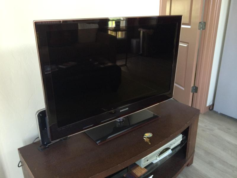 42' LED TV AND BluRay DVD PLAYER.