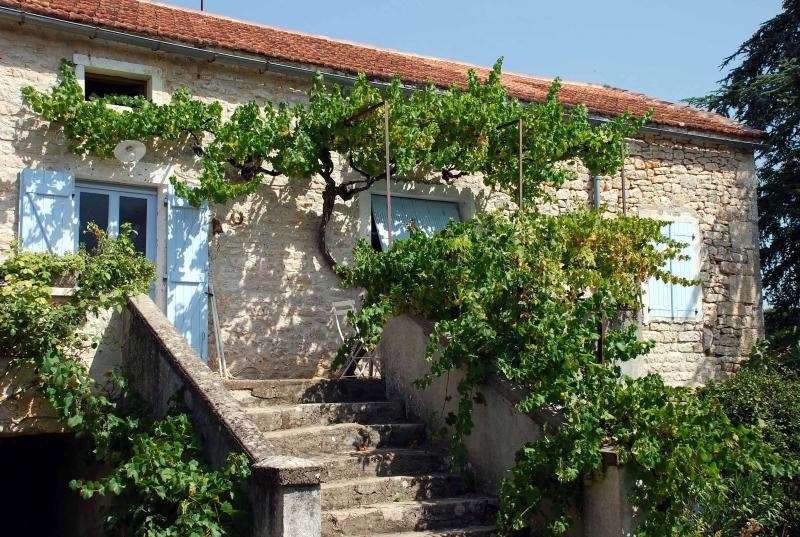 AU BORD DU CHEMIN, vacation rental in Labastide-de-Penne