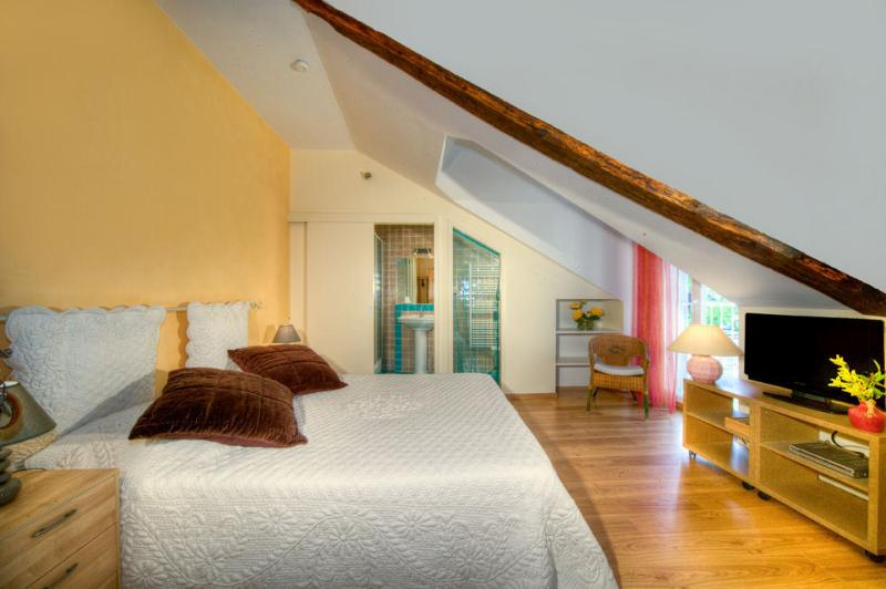 chambres d'hôtes les Cardabelles, aluguéis de temporada em Alzon