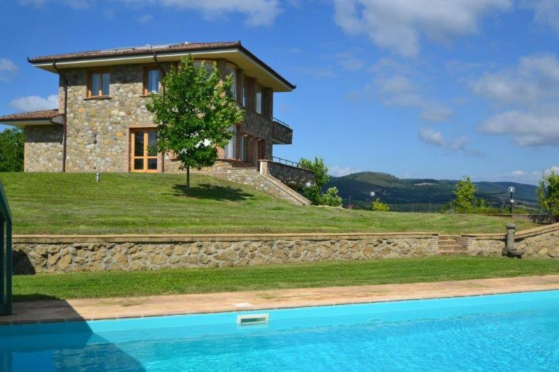 Olive Grove Villa (h005), holiday rental in Bolsena