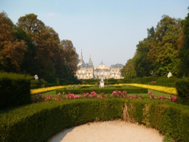 Le Palais de La Granja et ses jardins, un pâté de maisons de notre bâtiment