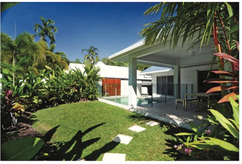 Private, tranquil tropical garden