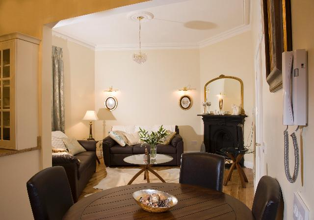 The padraig pearse apartment updated 2019 holiday rental in dublin tripadvisor for The living room dublin tripadvisor