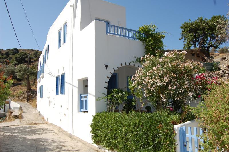 Villa on Naxos Island, vacation rental in Naxos