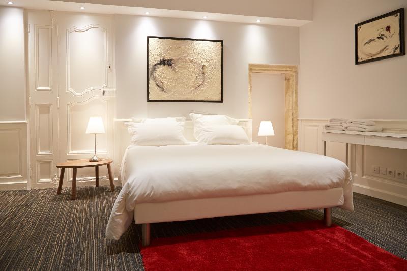 Bedroom 1 bed 160