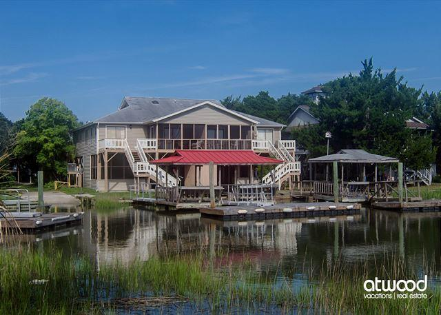 Bewitched - Pet Friendly Townhouse on Tidal Creek, holiday rental in Edisto Island