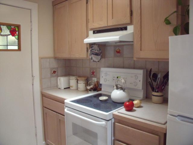 Complete kitchen lets you cook any meals you want, whenever you like.  Breakfast foods are included.