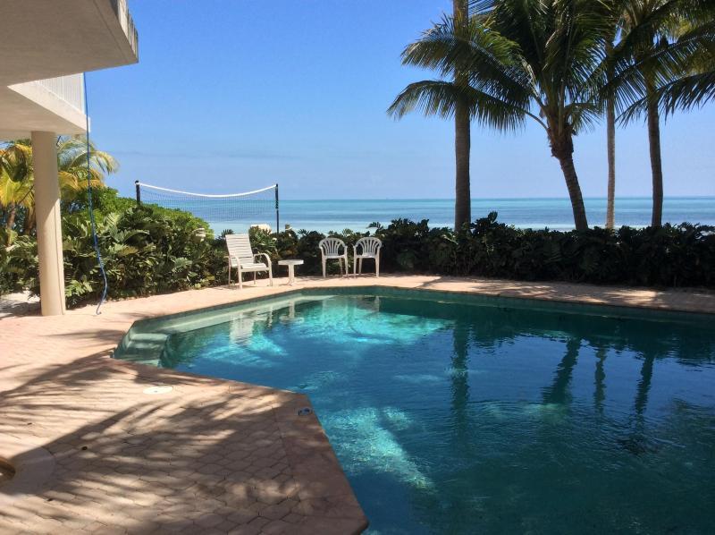 Private Beachfront Paradise, alquiler de vacaciones en Matecumbe Key