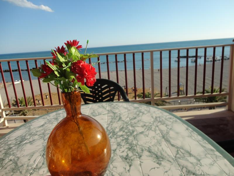 Blue Sea Apartment, holiday rental in Ribera