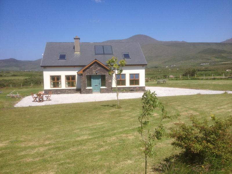 Country Cottage, Dingle peninsula, holiday rental in Dingle