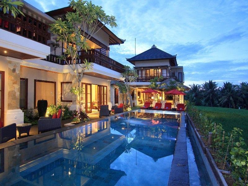 Four bedroom luxury villa