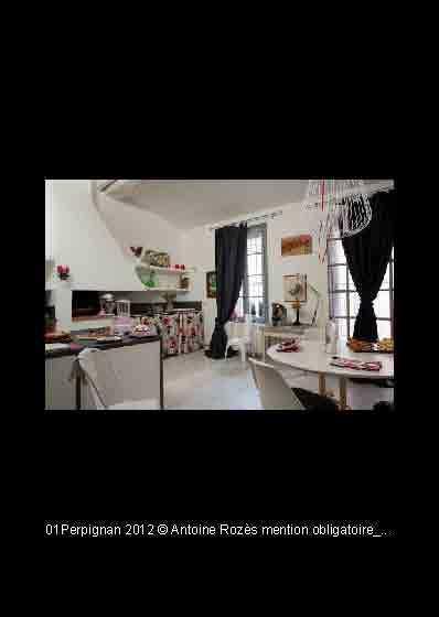 Loft / Atelier d'artiste, location de vacances à Baho
