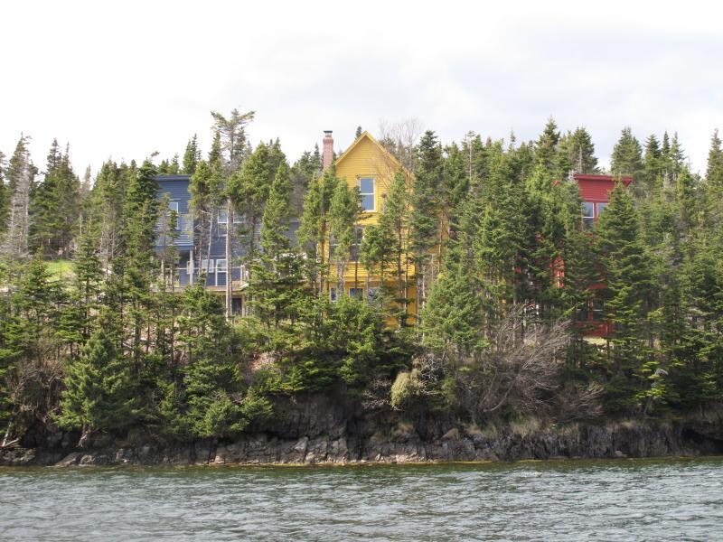 With beautiful panoramic views of Trinity Bay, Goose Cove Retreat still remains secluded.