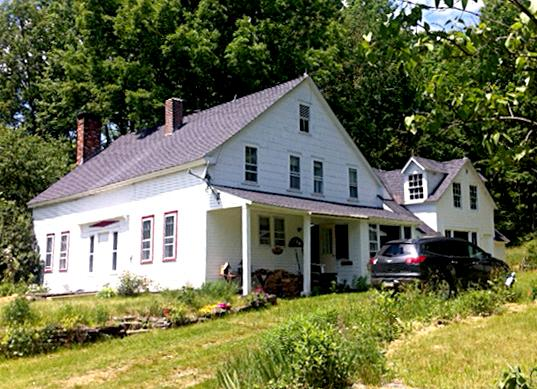 PARADISE on EARTH! - Historic 4BR Farmhouse, holiday rental in Chesterfield