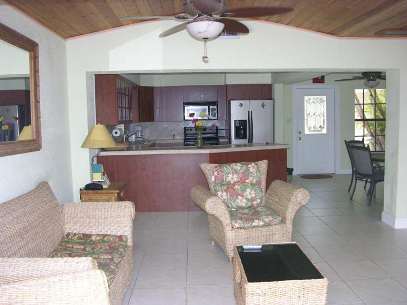 Wohnzimmer/Küche bei 423