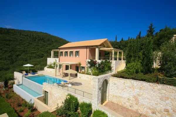 Villa Levanda- Fiscardo View Villas, holiday rental in Katsarata