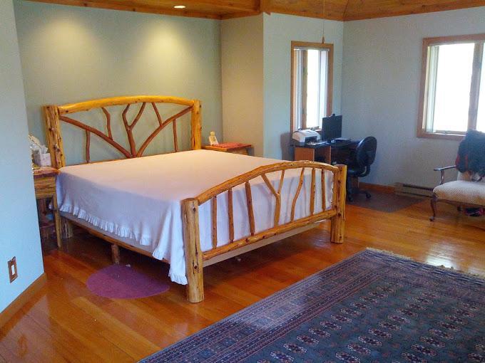 Huge Master Bedroom - main level - sleeps 2