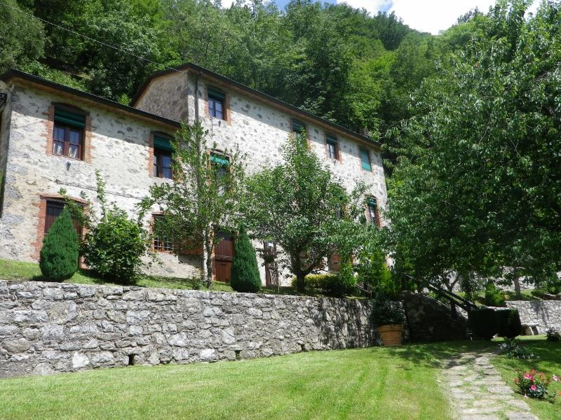 Your tuscan retreat -Lucca, holiday rental in Convalle