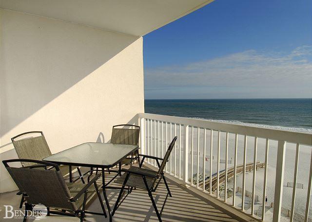 Caribbean 603 ~Serenely Beautiful Beach Front Condo ~ Bender Vacation Rentals, location de vacances à Gulf Shores
