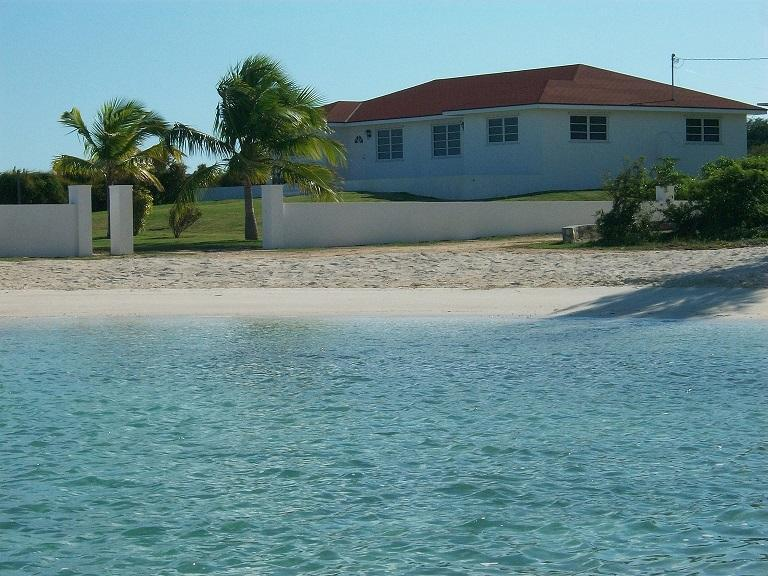 Bay View vacation Rentals    (  Villa # 2 ), casa vacanza a Salt Pond