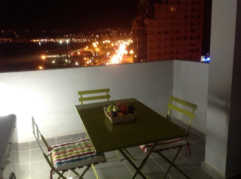 Terrasse vue de nuit