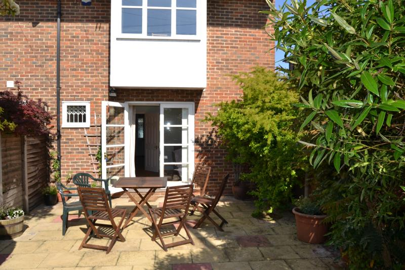 Tankerton Town House with parking, vacation rental in Whitstable